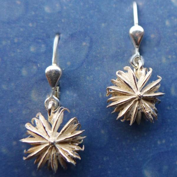 Blüten Schmuck Nelkenwurz Ohrhänger